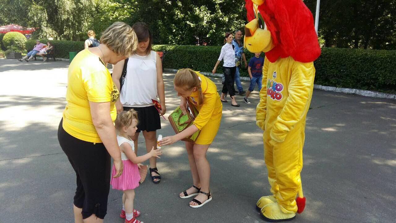 «Локо Моко» снова радует деток в Киевском Зоопарке