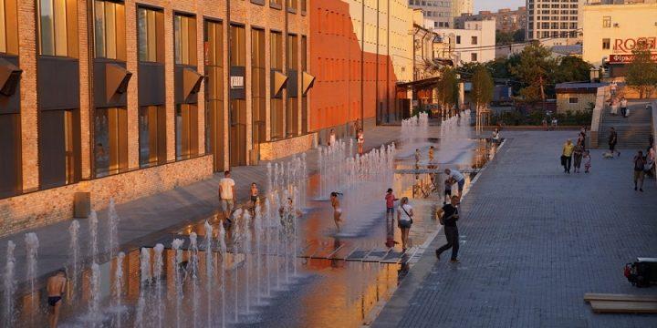 Новий громадський простір біля Roshen: дивіться, який він має вигляд