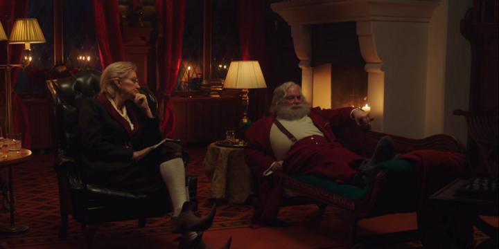 Санта обратился к психотерапевту из-за почтовой службы
